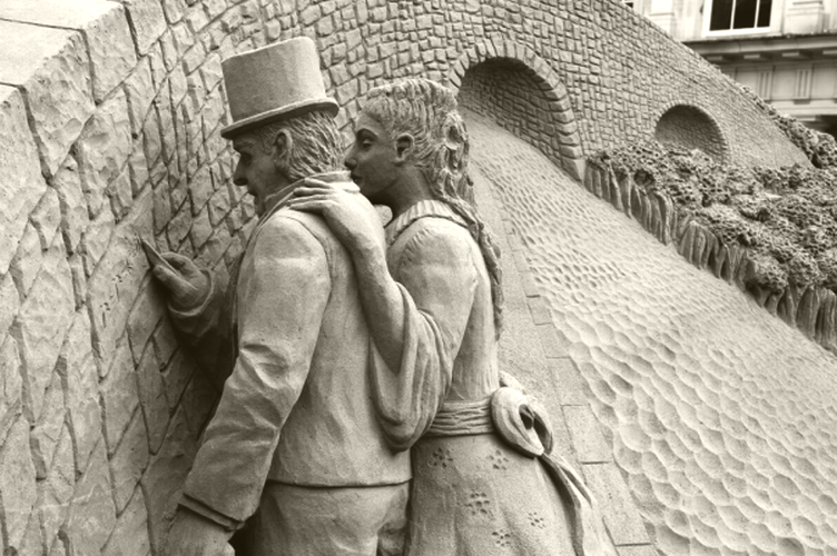 Sir and Lady Hamilton in 1843 at Broom Bridge - 2012 sandsculpture by Daniel Doyle